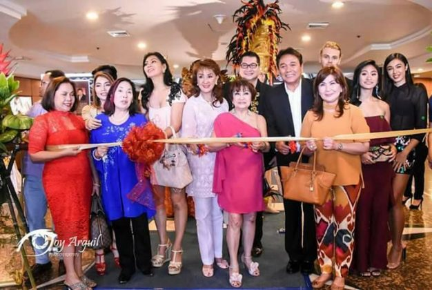 Ribbon-cutting ceremony with my guests